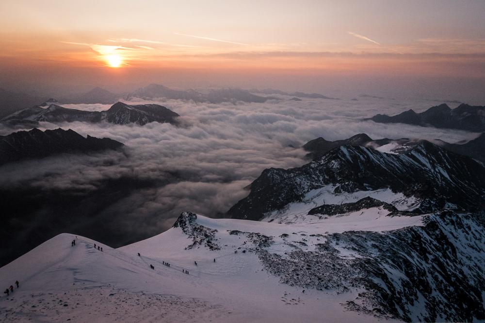 Sonnenaufgang am Großglockner