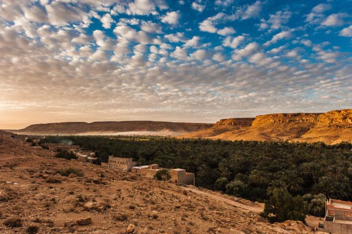 Das Drâa Tal in Marokko bei Sonnenuntergang