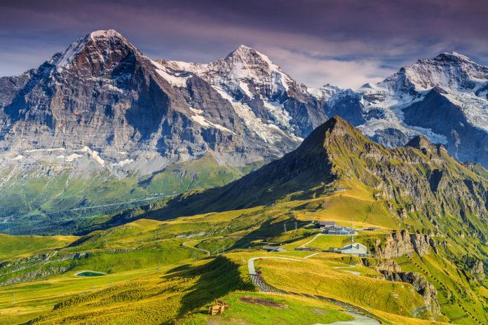 Die drei bekannten Gipfel Eiger, Mönch und Jungfrau