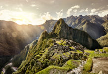 Machu Picchu bei Sonnenuntergang