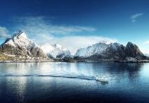 Reinebringen vom Wasser aus im Winter
