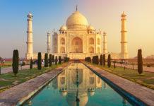 Das Taj Mahal bei Sonnenuntergang