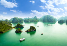 Halong Bucht von oben