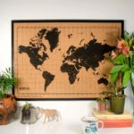 Weltkarte aus kork als Pinnwand