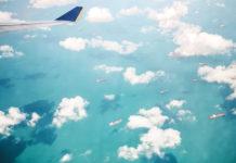 Flugzeug über Denpasar