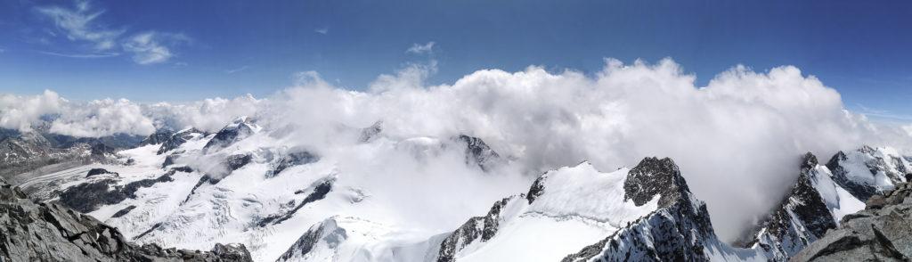 Panorama vom Gipfel des Piz Bernina